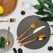 Simple round shapes, glossy finish and decorated handles. The Montreal cutlery set is really beautiful. We cut the cutlery in a popular pink-gold color with a laser engraving with an Octupus motif. It is particularly suitable for households whose owners enjoy design interesting products. . #cutlery #cutlerydesign #solaswiss #solaswitzerland #sola #tabletop #kitchen #kitchendesign #coloredcutlery #fork