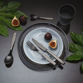 Turn everyday dining into an aesthetic experience. . #solaswitzerland #solaswiss #cutlery #elements #tabletop #tableware #plate #kitchenplate #aesthetic #kitchendesign #kitchendecor #kitchenware