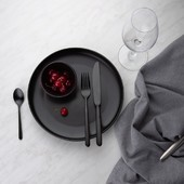 Unconventional and beautiful cutlery set Faro. This unique cutlery attracts attention mainly with its black color design. Faro is suitable for homes with elegant and modern furnishings. . #silverware #flatware #cutlery #tableware #kitchen #kitchendesign #cutleryset #kitchen #blackcutlery #blacksilverware